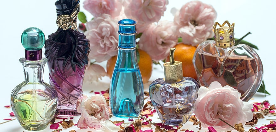 best perfumes for men in india featured image swag swami article