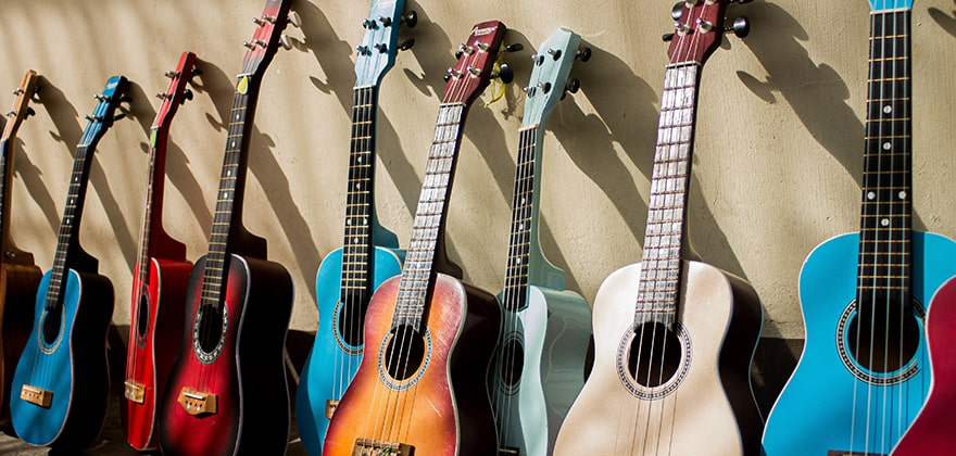 best acoustic guitars in india featured image swag swami article