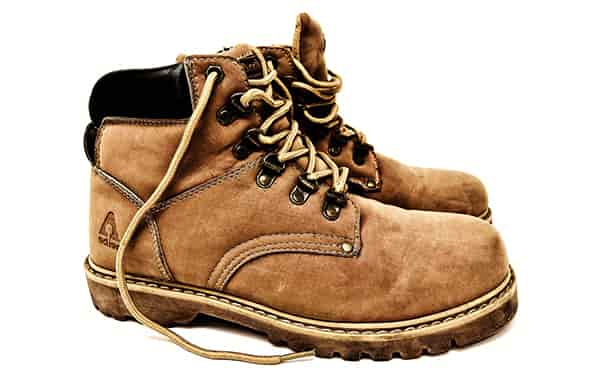 hiking shoes for different seasons swag swami article 1