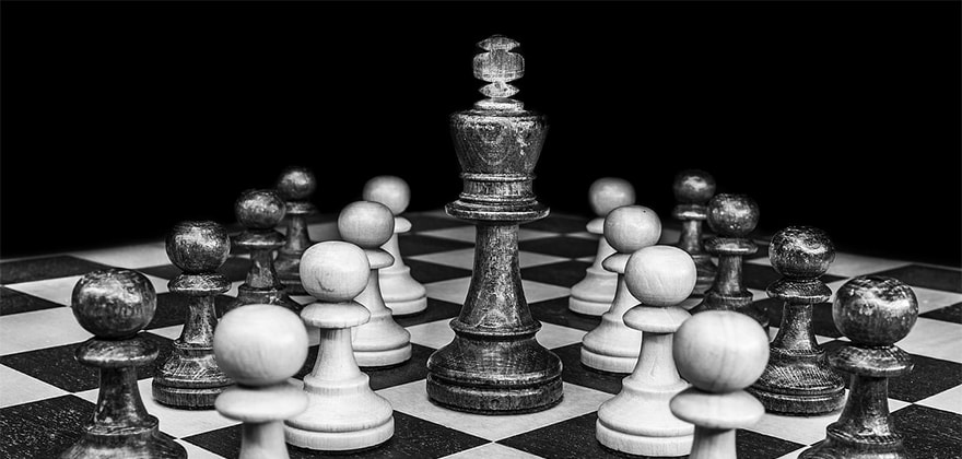 best chess set that you can buy online in india featured image swag swami article